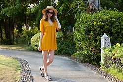 Lorietta.cz - Zara Orange Dress, H&M Straw Hat - Boho Dress