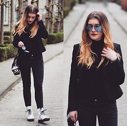Britt Van den Elzen - Quay Sunnies, H&M Blazer, Zara Turtleneck, Forever 21 Bag, Zara Pants, Dr. Martens Shoes - All black with mac diva