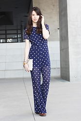 Audrey Marianne - H&M Jumpsuit, Mango Bag - The crazy jumpsuit