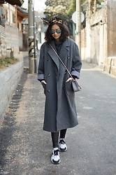 Jenn Su - Jeanasis Over Sized Coat - The World of Grey