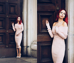 Scandalously She - Nellyfashion Pinkish Dress, Vices Nude High Heels - Lorraine