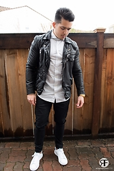 Marcos De andrade -  - Leather jacket and white shirt