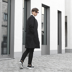 Georg Mallner - Urban Outfitters Sunglasses, Zara Bomber Coat, Acne Studios Pants, Adidas Sneakers - April 06, 2016 / INSTAGRAM: GEORGXM