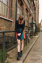 Toni Caroline - Minkpink Ray Of Lights Skirt, Dr. Martens Navy Dms, Charnos Navy Ribbed Socks - Ray of Lights