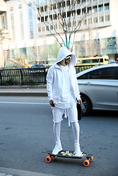 INWON LEE - Byther White Cotton Zip Up Hoodie, Byther White Cotton Leggings Layered Shorts - Welcome to the future skateboarding