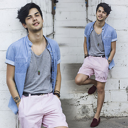 Vini Uehara - Guidomaggi Porto Cervo, Guidomaggi Porto Cervo - SHORT/DENIM/LOAFERS