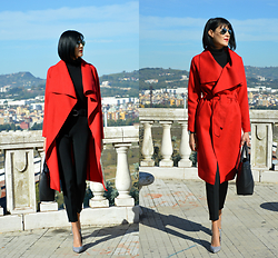 Rita Aflyatunova -  - Red coat