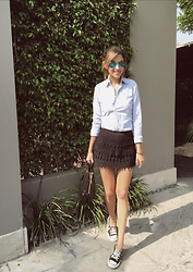 Giuliana ♡ - Ralph Lauren Oxfords, H&M Ruffle Lace Skirt, Prada Bag, Converse Sneakers, Ray Ban Blue Sunnies - Converse Tuesday