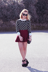 Carina Gonçalves - Zara Sweater, Chicnova Skirt, Pull & Bear Heels - People like you always want back the love they give away