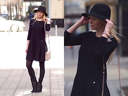 Marina Skater - Michael Kors Bag, Rich&Royal Dress, Choies Boots - Black little dress