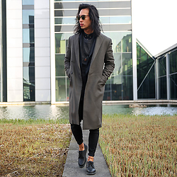 Christian Chou - All Saints Sutton, Nudie Jeans High Kai, Dr. Martens Octavius - ▼▽ All Saints ▽▼
