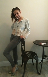 Sheri - Bcbg Jeggings, Denim & White Lace Shirt, Michael Kors Sparkly Silver Flats - Just a relaxing chill jean kind of day