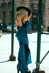 Rachel Lynch - Lack Of Color Black Hat, Zero Uv Blue Sunnies, The Vintage Twin Silk Blue Kimono - Salt of the earth