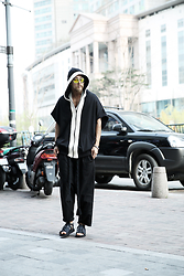 INWON LEE - Byther White Stripe Black Hoodie Shortsleeves, Byther Black Rope Detail Semi Baggy Pants - Let's go for a little walk