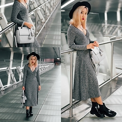 Sebelle Sharmine - Take Me To Infinity Ribbed Midi Dress, Take Me To Infinity Grey Handbag With Tassel, Solestruck Chelsea Boots - How Many Shades Of Grey