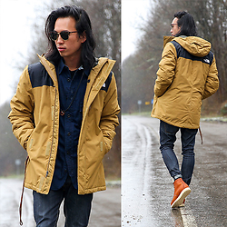 Christian Chou - North Face, Nudie Jeans Tape Ted Selvedge, Red Wing Shoes 875 Classic Moc Toe - ▼▽ North Face ▽▼