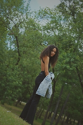 Jorshua - H&M Jeans, Urban Outfitters Bodysuit - Patch It Up