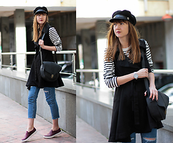 Nastia Poberezhna - Sheinside Striped Top, Sheinside Ripped Skinny Jeans, Chic Wish Sleeveless Trench Coat - Stripes? Of course!