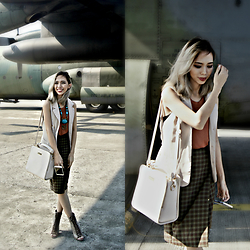 Janine Ramos - More On My Blog: Zanzookht - Fly in Style