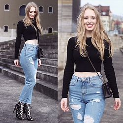 Leonie - Zara Heels, Asos Mom Jeans, Zara Crop Top, Chanel Mini Timeless Bag - Crop top