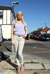 Roxanne Rokii - Vintage Pleated Lilac Blouse 1980's, Iridescent Earings, Primark Floral Jeans 2014, New Look Lilac Socks 2016, Office Tan Brogues C.2011, Primark Tan Belt C2015 - 13.04.2016 Hottest day so far - Rokii.co.uk