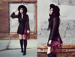 Indiefoxx - Band Of Gypsys Dress, Zooshoo Boots, Freepeople Hat - Vinyl Believer