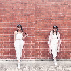 Regina Pek - Thifted White Jumpsuit, Nike Thea Air Max, Lbrlabel Sora Outerwear - White Cleans