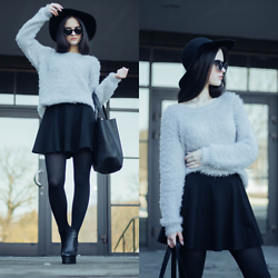 Sofija Lukjanska - H&M Hat, H&M Sunglasses, H&M Jumper, H&M Skirt - BLACK HAT