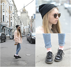 O L E C H K A - Lamoda Boots, Huf Socks, Topshop Jeans, Bershka Hat, Fashion Confession Pink Fur - Moscow spring through hearts