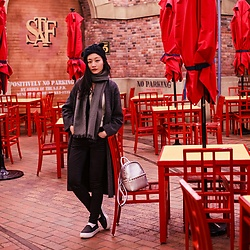 Ren Rong - Dresslink Cat Ear Beanie, Zara Knit Coat, Uniqlo Ultra Stretch Jeans, Bugis Street Studded Backpack, Spurr Platform Loafers - Universal Studios Japan