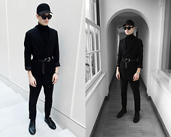 Patrick Pankalla - Frenn Plazer Coat, Louis Vuitton Leather Belt, Ecco Shoes, Weekday Trousers, Matinique Turtleneck, Acne Studios Sunglasses - All Black Everything