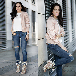 The Day Dreamings -  - Pastel bomber