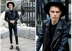 Nazarii Liskovych - Zara Leather Jacket, Aliexpress Fedora Hat, Pull & Bear Jeans, La Boca Shoes - Hear Your Heart