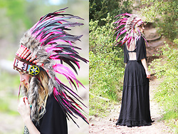 Lily Chelmey - Zara Dresse, Novum Crafts Headband - Indian headress