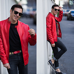 Roberto De Rosa (instagram : robertoderosa) - Primark Tee, Tod's Belt, Department 5 Jacket - Red Leather Jacket