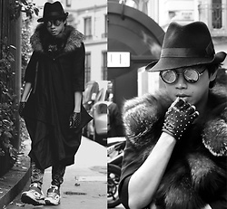 War Julian - John Galliano Fedora Hat, Karl Lagerfeld Studded Fingerless Leather Gloves, Raf Simons Sneakers, Vintage Round Sunnies - Fashion/Travel Milan, Italy