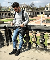 Mildan Soner - Mavi Destroyed Jeans, S.Oliver Suede Boots, Zara Leather Shirt - Tourist in Dresden :)