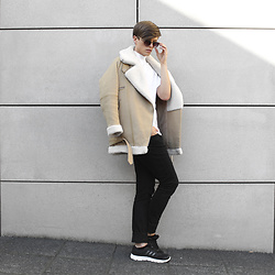 Georg Mallner - Zara Jacket, Adidas Sneaker, Zerouv Sunglasses - April 24, 2016 / INSTAGRAM: GEORGXM