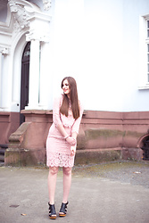 Andrea Funk / andysparkles.de - Jollychic Pink Lace Suit, Deichmann Wedges - Pink Lace Suit and Wedge Sandals