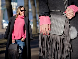 Anna Sever - Befree Pink Sweater, Marmalato Sunglases - Grey&pink