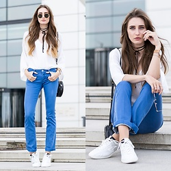 Lisa Fiege - Replay Sneakers, Replay Bootcut Jeans, Mango Blouse, Ray Ban Sunglasses, Urban Outfitters Choker - Retro Vibes | THELFASHION.COM
