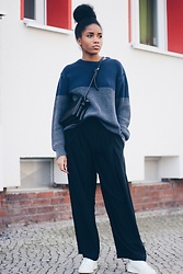 Nelly Negret - Pants, Sweater, Adidas Originals, Celine Trio Bag - Sneakers with wide pants