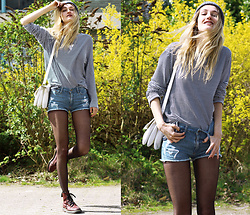 Eva Velt - American Apparel Shirt, Beanie, Shorts, Bag, Dr. Martens Boots, Necklace - Lively