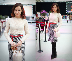 Julia Fetisova -  - Outfit 2. Moscow Fashion Week