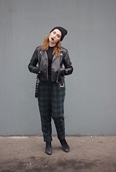 Jenny McNutt - Forever 21 Trousers, H&M Jacket, H&M Top - Proper edge