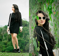 Clara Campelo - Sheinside Dress, Zerouv Sunnies - Wednesday