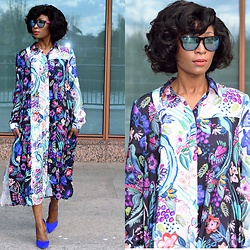 Eunice Addo - H&M Shirt Dress, Justfab Pump, New Look Sunglasses - True Blue