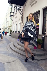 Jane D - Topshop Poncho, Chanel Bag - Spring in Moscow <3