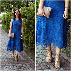 Rebel Takipte - Jolly Chic Blue, Lace Dress, Ami Club Wear Camel Shoes - Blue, Lace Dress