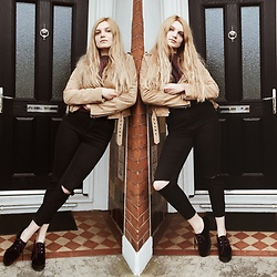 Carla V - Asos Jeans, Topshop Shoes, Saints And Mortals Suede Jacket, Firetrap Wool Jumper - Diagonala tragica